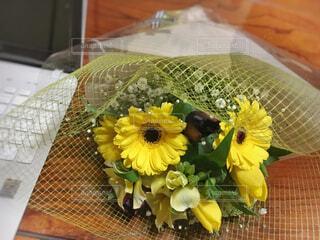退職のお祝い花束の写真・画像素材[2087575]