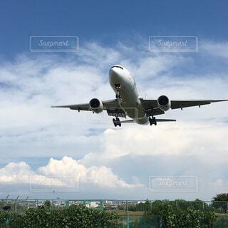 離陸する飛行機を撮影。の写真・画像素材[1584327]