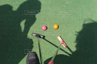 デートで行ったパターゴルフの写真・画像素材[2236317]