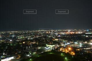 夜の街の眺めの写真・画像素材[2813200]