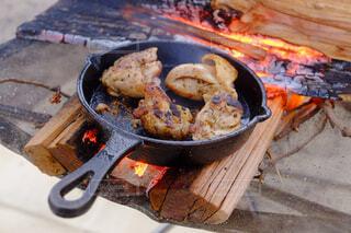 キャンプ飯の写真・画像素材[1586482]