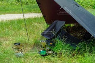 タープ泊でキャンプの写真・画像素材[1629651]