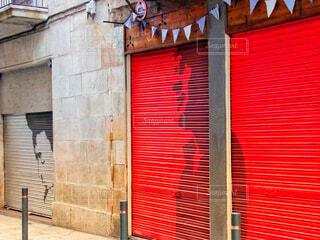 バルセロナの壁に描かれたアートの写真・画像素材[1593517]
