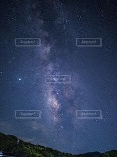 ペルセウス座流星群の写真・画像素材[3555303]