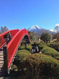 富士山と天使の橋のコントラストの写真・画像素材[1638562]