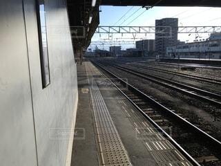 早朝の駅の写真・画像素材[1640576]