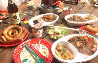 クリスマスアウトドアディナー(Christmas outdoor dinner)の写真・画像素材[1601228]