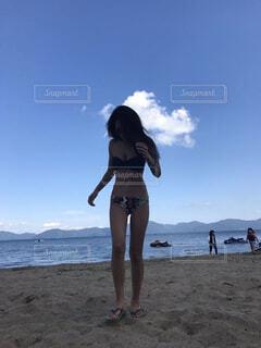 ビーチの女性の写真・画像素材[779472]