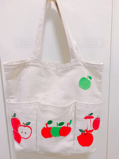 リンゴバッグの写真・画像素材[1623676]