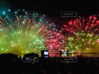 諏訪湖湖上花火の写真・画像素材[1602003]