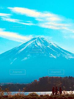 河口湖から眺める富士山の写真・画像素材[1684769]