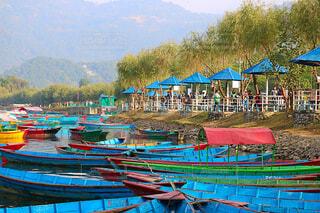 ネパール ポカラ ボート乗り場の写真・画像素材[2859884]