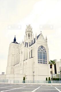 大きな白い建物の写真・画像素材[1653592]