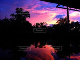 夕暮れ時の景色の写真・画像素材[1601673]