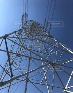 下から見た鉄塔の写真・画像素材[1921086]