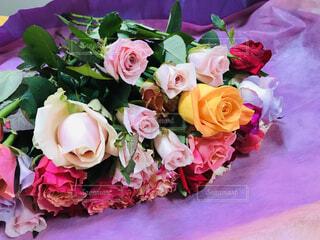 バラの花束の写真・画像素材[2128850]