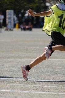 運動会のリレー選手の写真・画像素材[2502613]