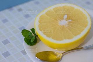 オレンジのスライスの写真・画像素材[1620363]