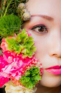 近くの花のアップの写真・画像素材[1706660]