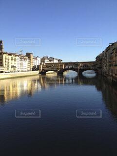 フィレンツェの観光名所、ポンテヴェッキオの写真・画像素材[1622063]