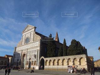 伊フィレンツェ・サンタマリアノヴェッラ教会。の写真・画像素材[1622065]