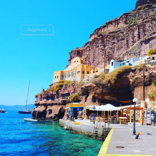 サントリーニ島の海の写真・画像素材[1617514]