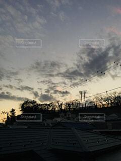 曇りの日の写真・画像素材[1617715]