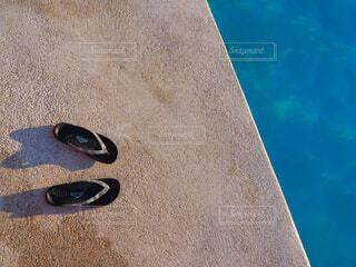 青い靴のペアの写真・画像素材[1618133]