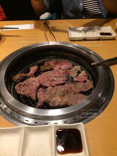 みんなで焼き肉の写真・画像素材[1623482]