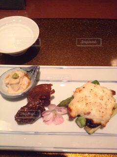 贅沢な和食の前菜の写真・画像素材[1659022]