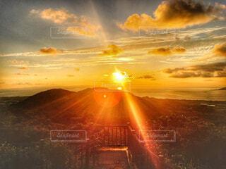 展望台からの夕陽の写真・画像素材[1630013]