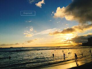 ハワイの夕日の写真・画像素材[1648671]