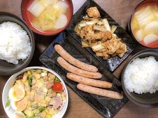 夕食の写真・画像素材[2039199]