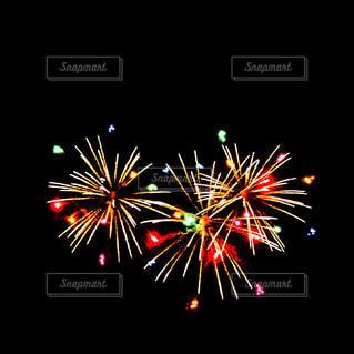空に花火の写真・画像素材[1688917]
