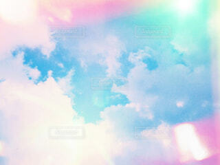 空に雲の写真・画像素材[2212492]