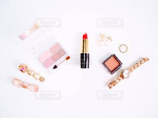 化粧品とアクセサリーの写真・画像素材[2279895]