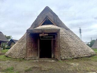 竪穴式住居の写真・画像素材[1800181]
