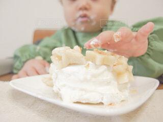 1歳のお誕生日ケーキの写真・画像素材[1787833]
