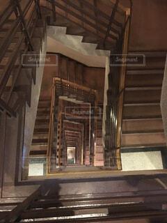 永遠に続く階段の写真・画像素材[1643889]