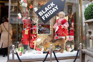 ブダペストにある、クリスマス仕様のお店の写真・画像素材[1650451]
