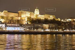 ハンガリー、ブダペスト ドナウの真珠の写真・画像素材[1650452]