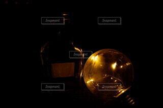 瓶と豆電球の写真・画像素材[3941847]