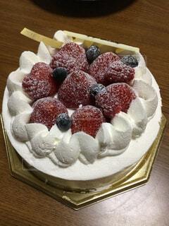 イチゴのデコレーションケーキの写真・画像素材[1652443]