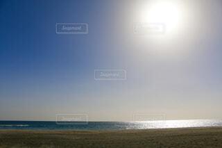 海の横にある砂浜のビーチの写真・画像素材[1649035]