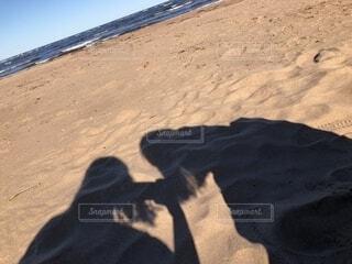ビーチと私たちの写真・画像素材[1651505]