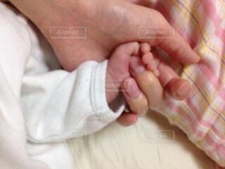 赤ちゃんの手の写真・画像素材[1722208]