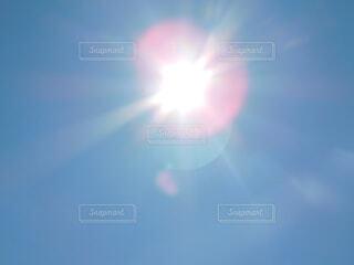 青空、太陽、春 (2019年4月1日 14:39撮影)の写真・画像素材[1880241]