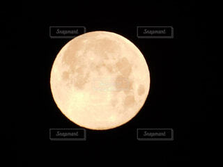 平成最後の満月🌕(2019/平成31年4月20日 03:53撮影)の写真・画像素材[2049204]
