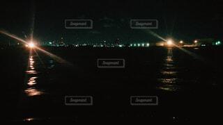 夜の街の景色の写真・画像素材[1663151]