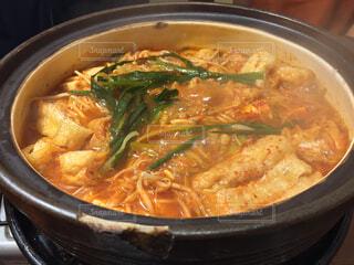 それで料理した鍋の写真・画像素材[1691610]